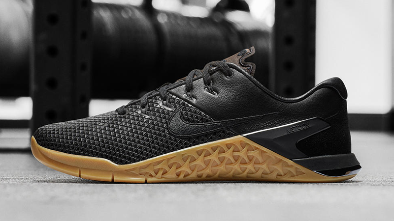 Nike Metcon oro